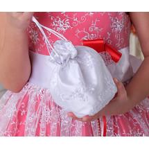 Сумочка-мешок белого цвета с вышивкой Лулу