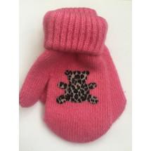 Варежки зимние розового цвета с мишкой