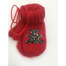Варежки зимние на резинке красного цвета с мишкой
