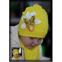Шапка желтая весенняя с бабочкой