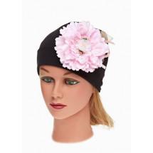Шапка весенняя черная на девочку с нежно-розовым цветком